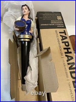 PEARL STREET ST. PEARLIE GIRL draft beer tap handle. BUFFALO, NEW YORK